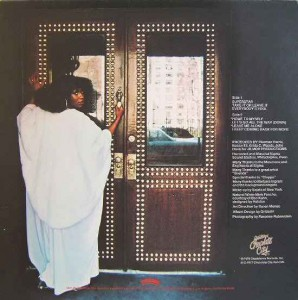 Brenda & The Tabulations – 1977 – I Keep Coming Back For More back